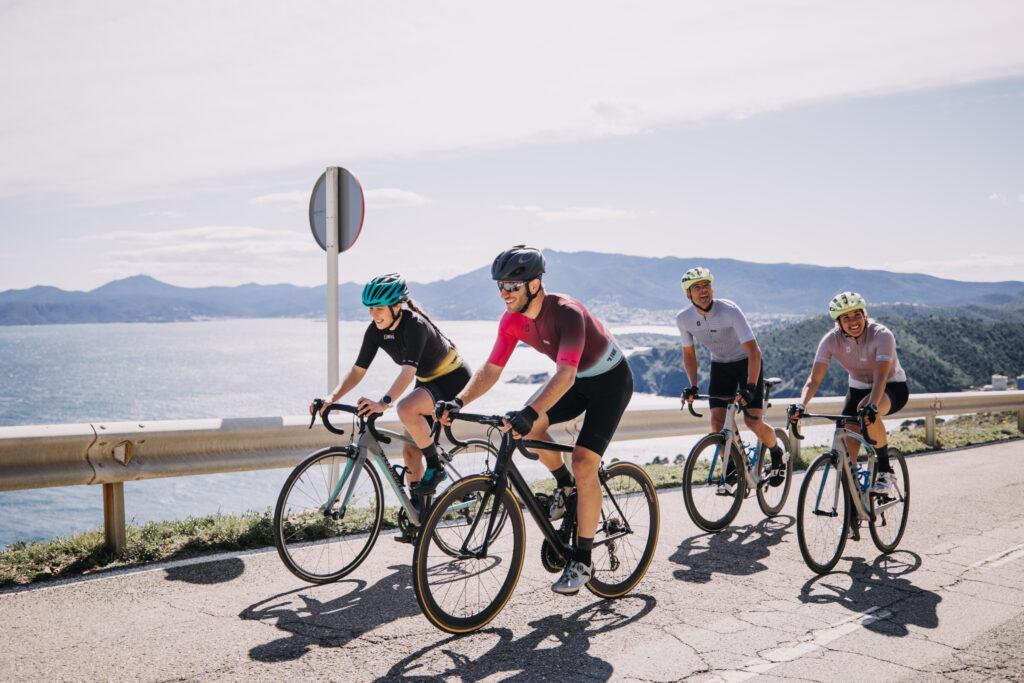 BE TRUE nueva era de ropa ciclista INVERSE